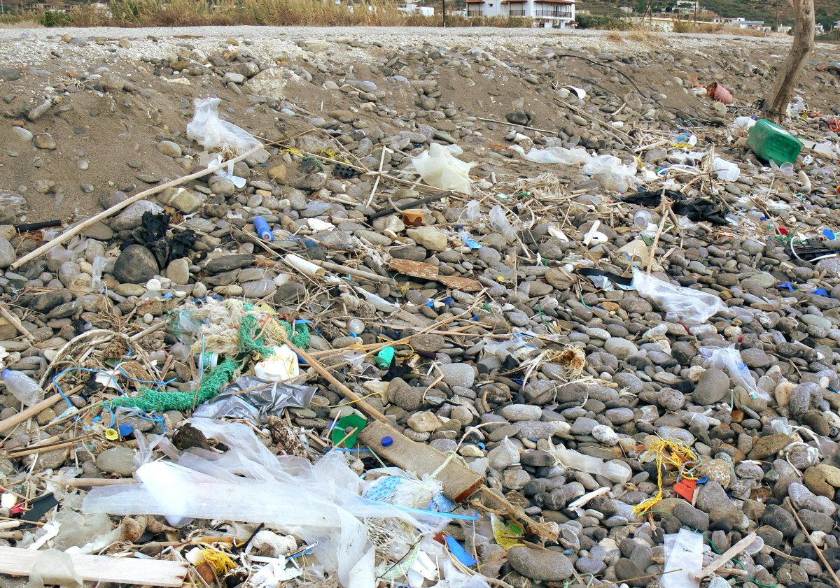 Berschwemmung aus plastik evangelische kirchengemeinde for Pool aus plastik
